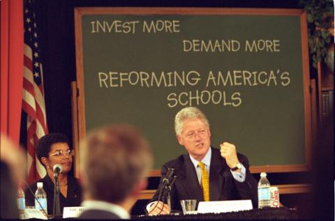 President Clinton participates in a roundatable discussion at Eastgate Elementary school on reforming America's schools